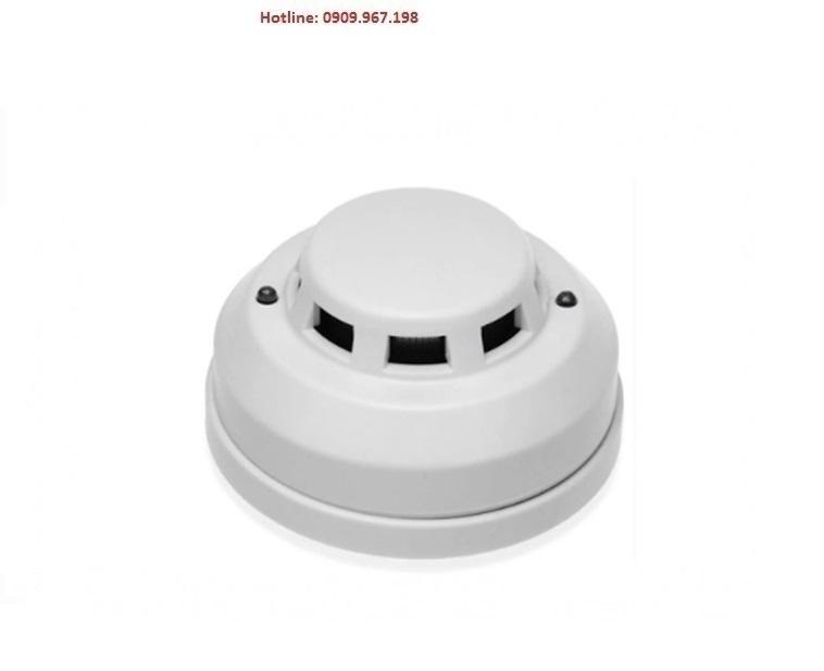 Khói báo cháy 12V có đèn chớp FOMOSA FMD-603